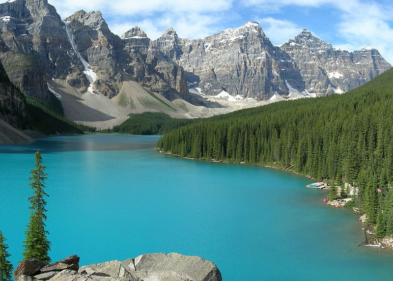 800px-Moraine_Lake-Banff_NP
