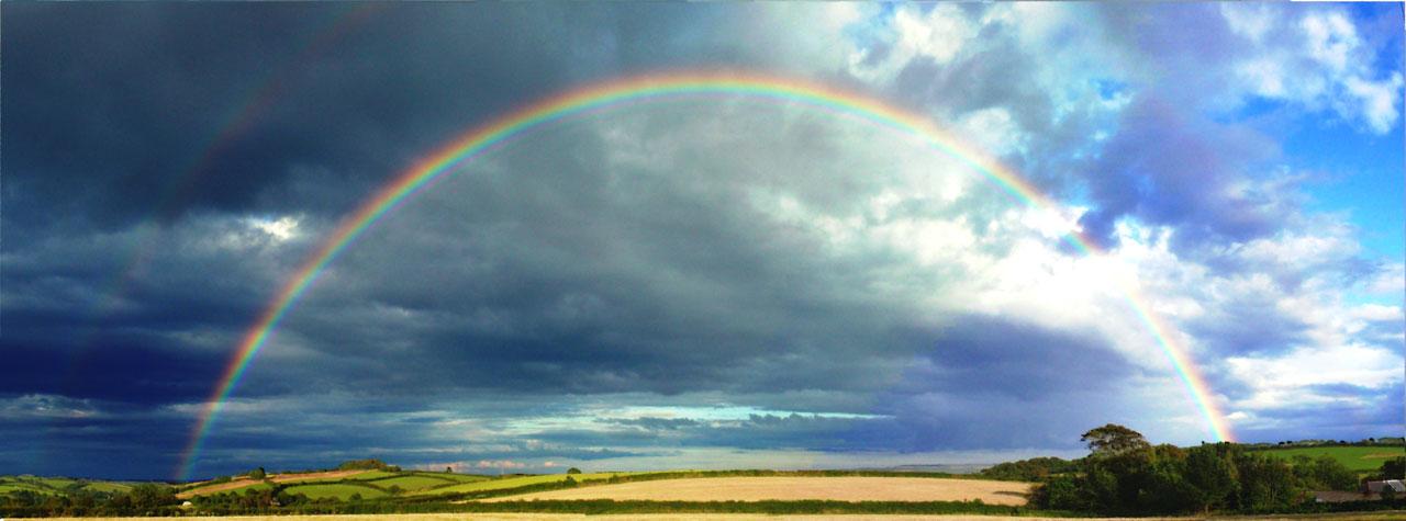 http://www.publicdomainpictures.net/view-image.php?image=1053&picture=rainbow&large=1