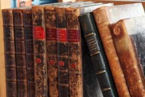 old-books-11281939505Msrn-1