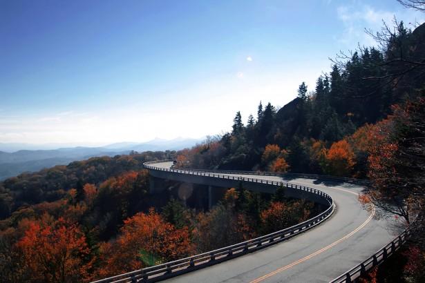 http://www.publicdomainpictures.net/view-image.php?image=55741&picture=linn-cove-viaduct-curve