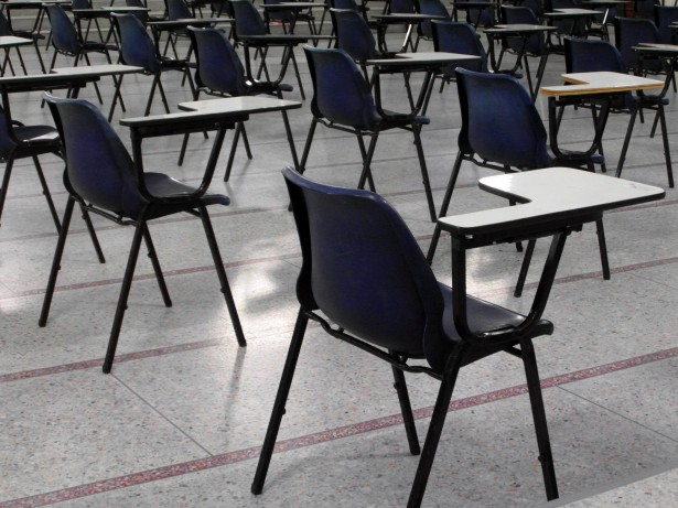 http://www.publicdomainpictures.net/view-image.php?image=62165&picture=empty-exam-hall