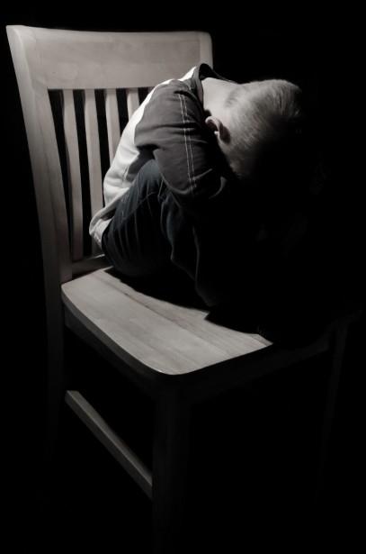 http://www.publicdomainpictures.net/view-image.php?image=44527&picture=sad-child