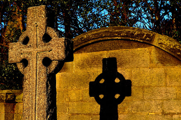 http://www.publicdomainpictures.net/view-image.php?image=20216&picture=stone-cross-at-sunset