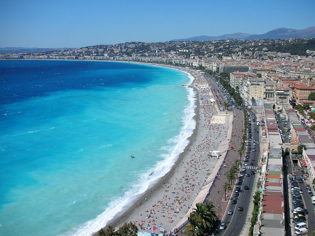 https://en.wikipedia.org/wiki/Nice#/media/File:Nice-seafront.jpg