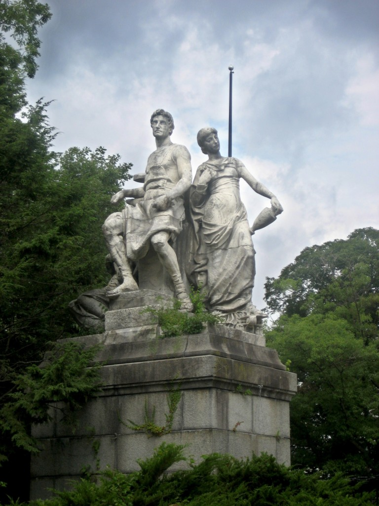 http://www.publicdomainpictures.net/view-image.php?image=94234&picture=man-and-woman-statue