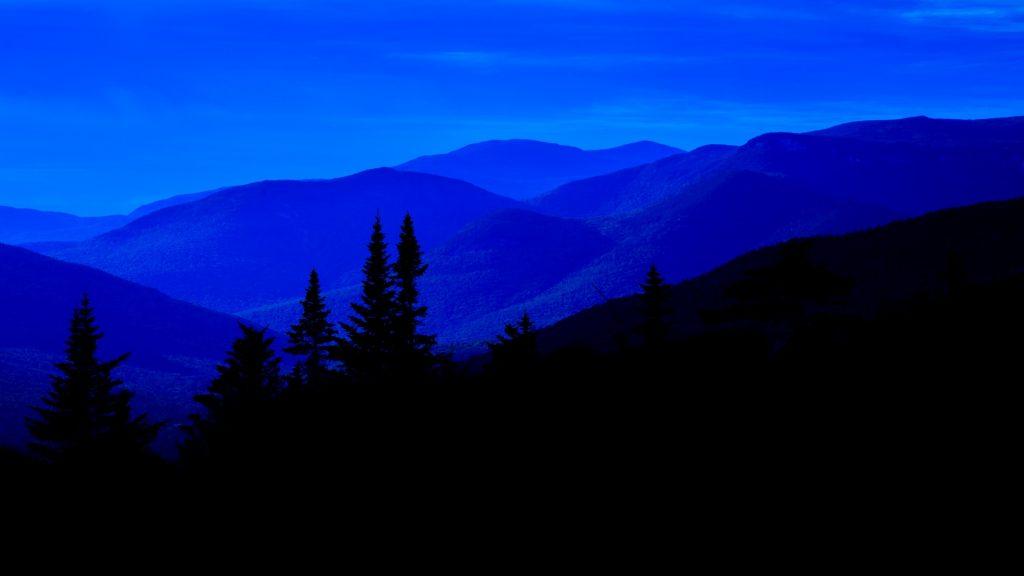 http://www.publicdomainpictures.net/view-image.php?image=197745&picture=blue-mountain-range