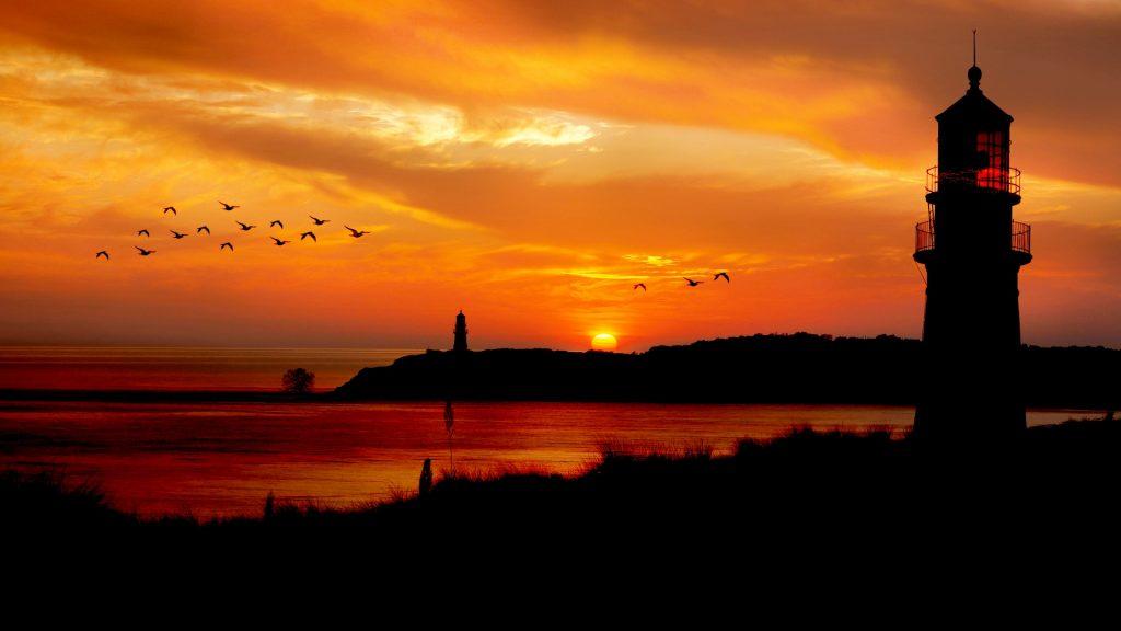 https://publicdomainpictures.net/en/view-image.php?image=256975&picture=sunset-ocean-lighthouse-silhouette