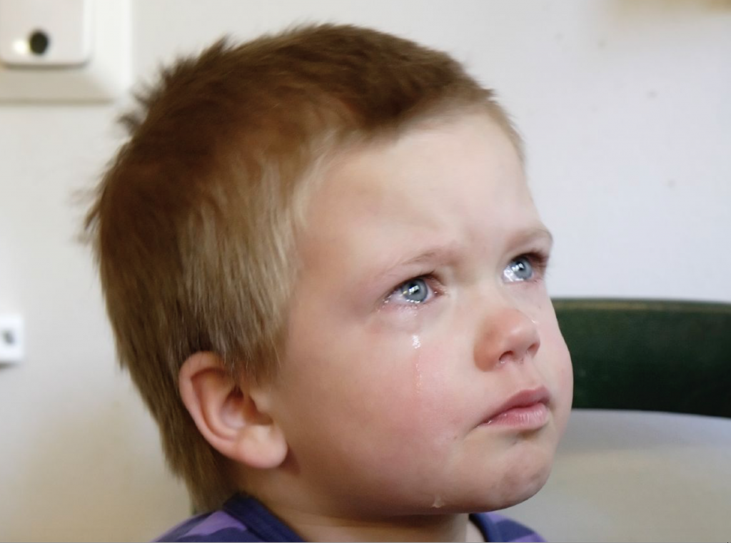 https://upload.wikimedia.org/wikipedia/commons/d/da/Crying_boy.jpg