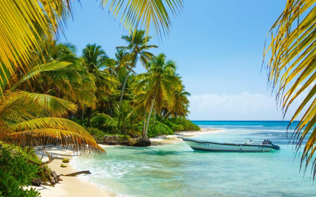 https://www.publicdomainpictures.net/en/view-image.php?image=207072&picture=boat-in-caribbean