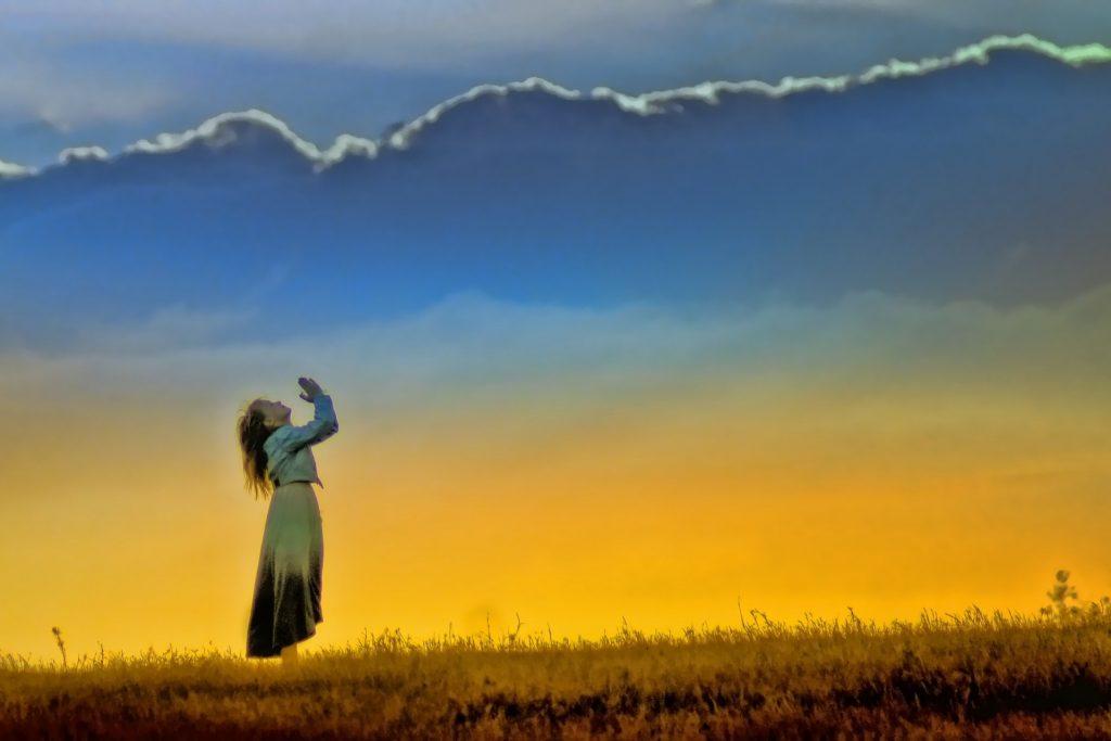 http://www.publicdomainpictures.net/view-image.php?image=113885&picture=prayer